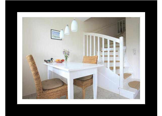 Essbereich der kleinen Ferienwohnung im Badehus - auf der Insel Amrum